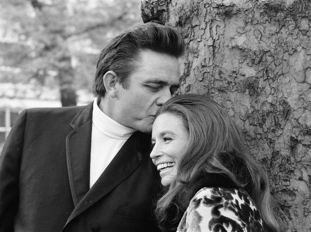 Johnny Cash e June Carter - Getty images