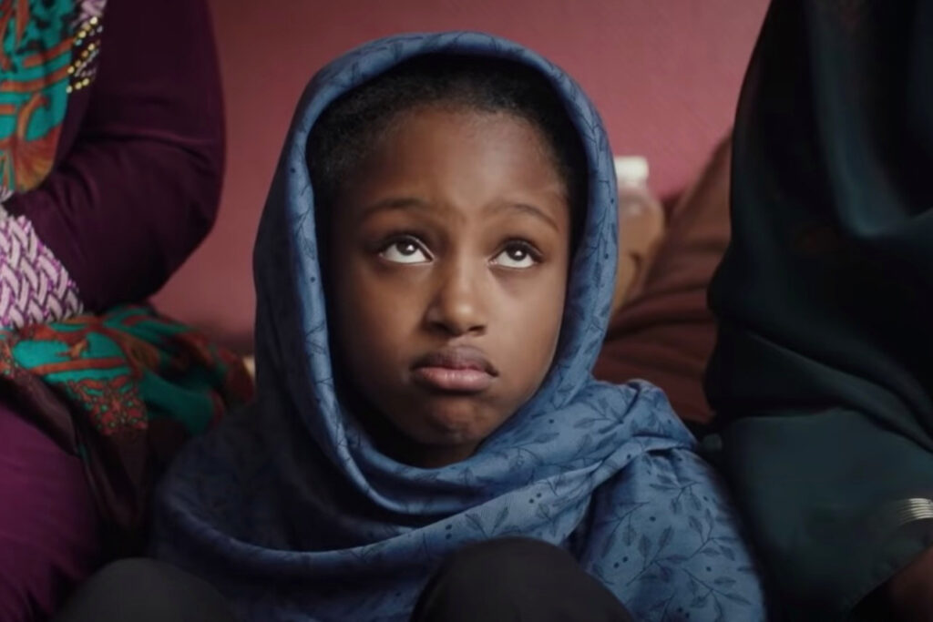 Amy (Fathia Youssouf) in Mignonnes (2020) - CREDITS: IMDB.com