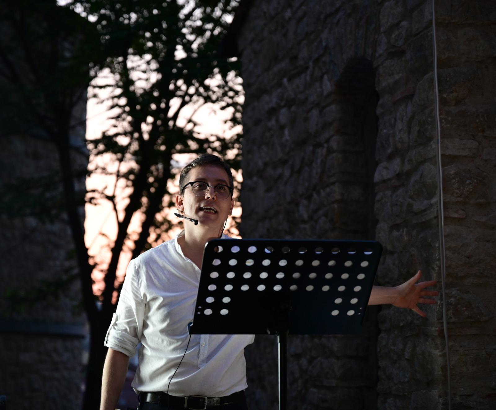 Luca Maria Spagnuolo, Dante per tutti - Credits: Anomalia Ufficio Stampa