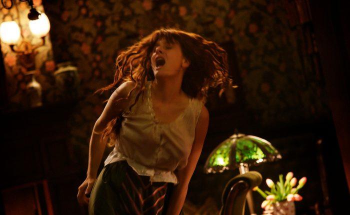"Romola Garai in una scena di ""Miss Marx"". Foto di Emanuela Scarpa. Credits: 01 Distribution."