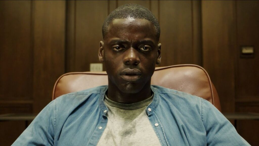 Frame tratto dall'horror Get Out, in streaming su Netflix