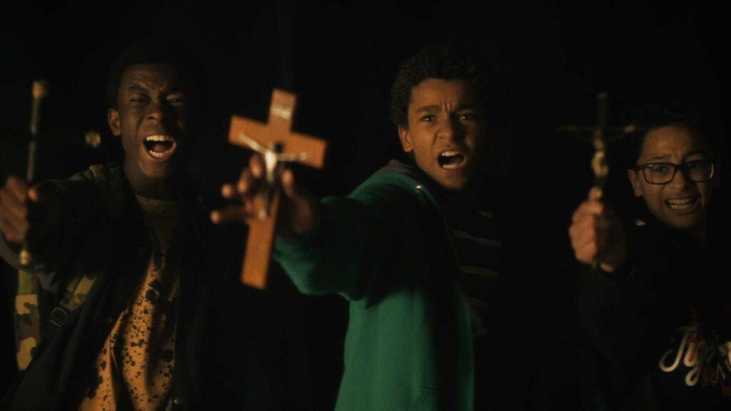 In ordine: Bobby, Miguel e Luis, Vampires vs. the Bronx - Credits: Netflix