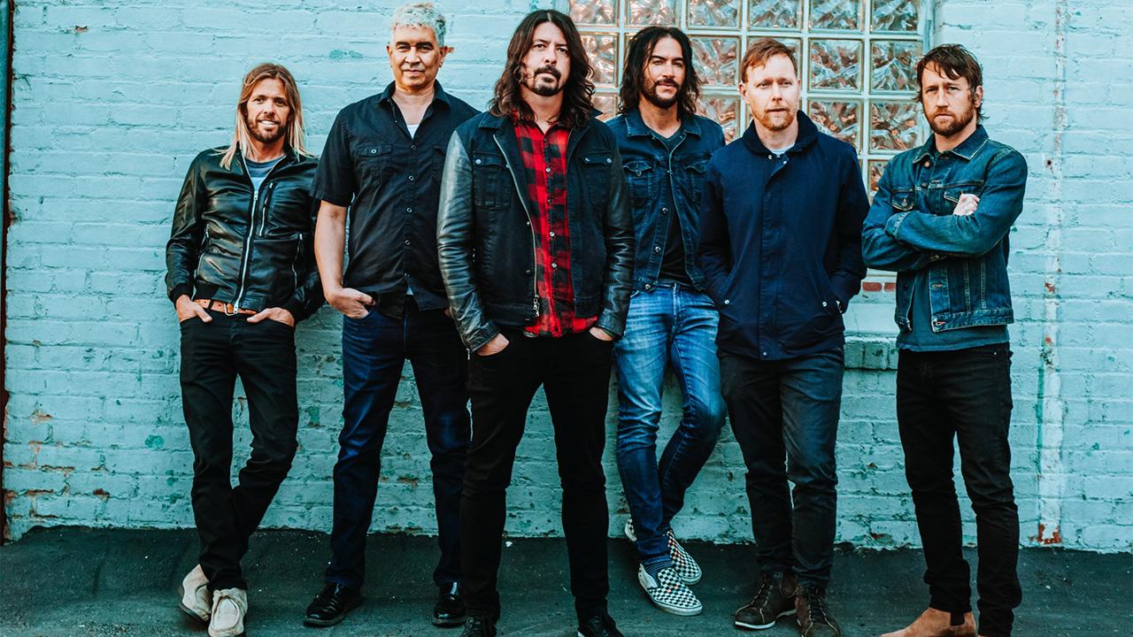 Foo Fighters CREDITS:WEB