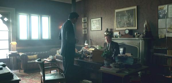 Josh O'Connor (Carlo) e Mark Lewis Jones (Millard) in The Crown 3x06 - credits: Netflix