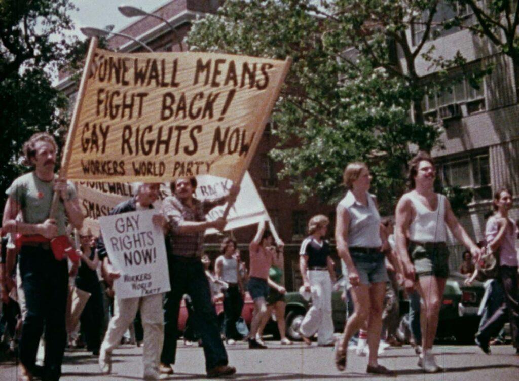 Gay Usa - Credits: Web