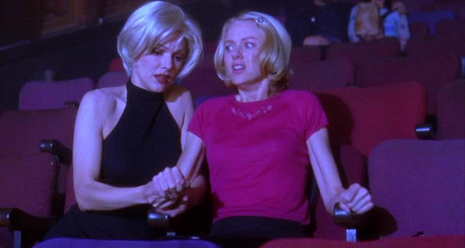 Mulholland Drive: Le due protagoniste durante la performance - Credits: web