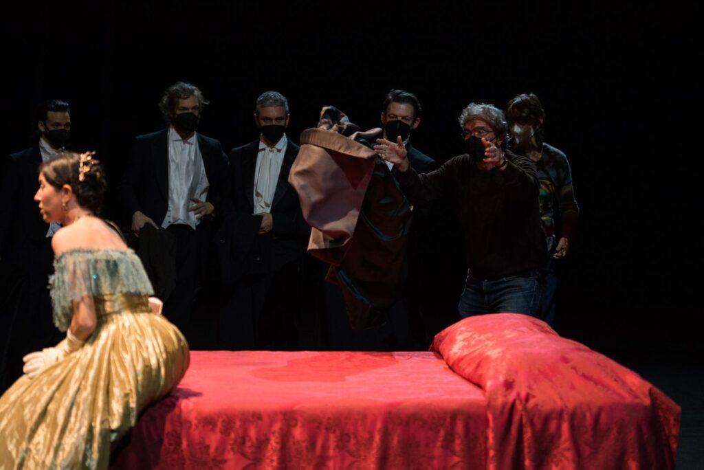 Prove de La traviata - Lisette Oropesa e il regista Mario Martone - PH. CREDIT: Fabrizio Sansoni