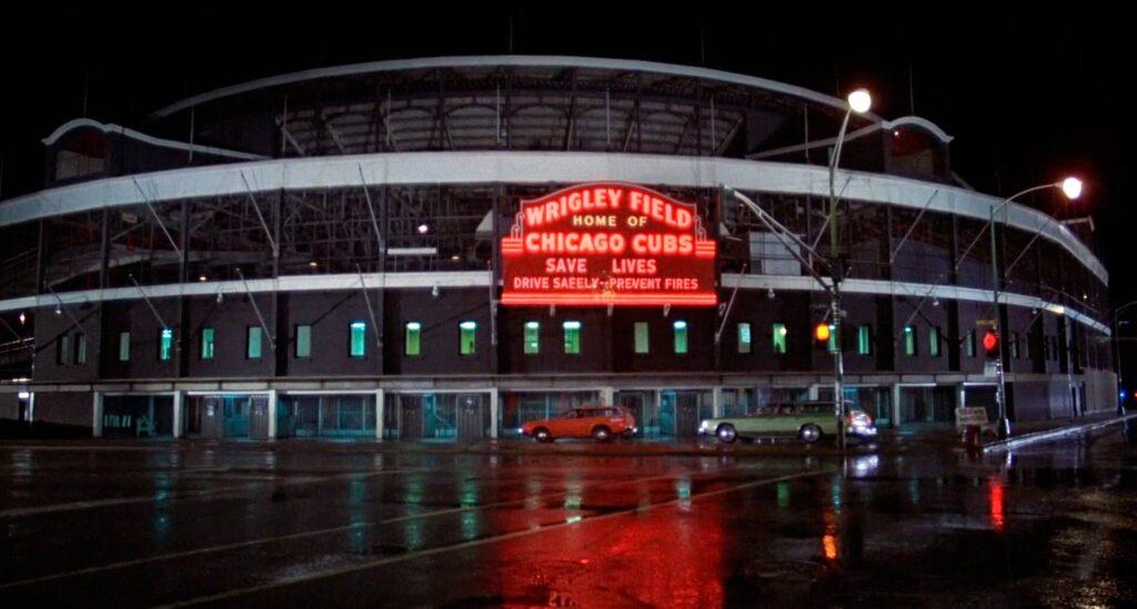 Lo stadio Wrigley Field (Chicago)  in un fotogramma tratto da The Blues Brothers