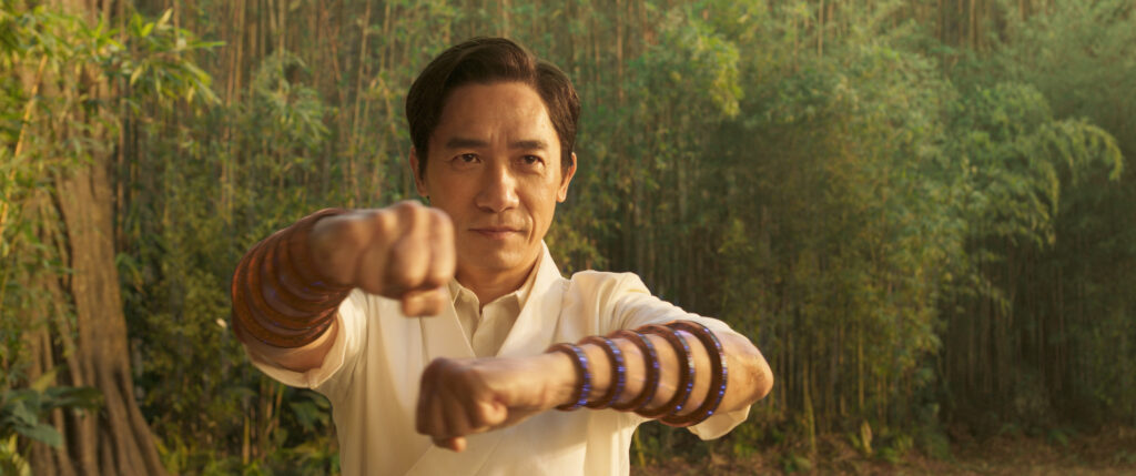 wenwu-tony-leung-in-shang-chi-e-la-leggenda-dei-dieci-anelli-credits-marvel-studios