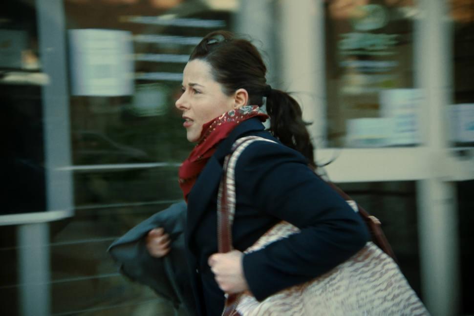 Venezia 78 5 film: Laure Calamy in  Á plein temps, diÉric Gravel.